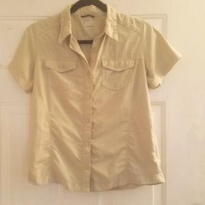 Columbia Shirt Size Small